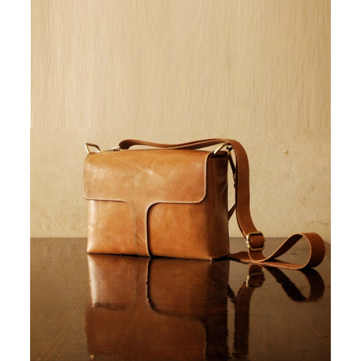 Belle_Sling_Bag--The Bicyclist-1806