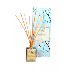 Reed_Diffuser_-_Honeysuckle_Jasmine-Candles Festive Edit-Niana-955