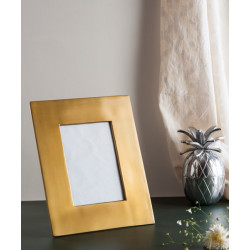 Lina_Photo_Frame-Decor Festive Edit-Topp Brass-1776